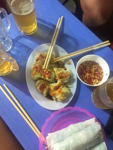 bia-hoi-street-snacks